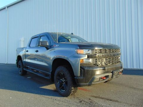 2020 Chevrolet Silverado 1500 Crew Cab 4x4 Custom Trail Boss / Short Box